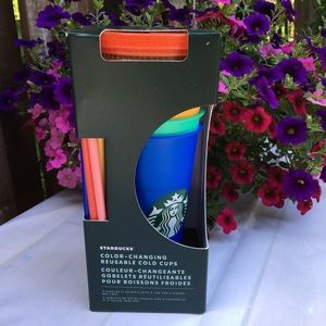 STARBUCKS Colour Changing Reusable Cold 24 Oz Cups